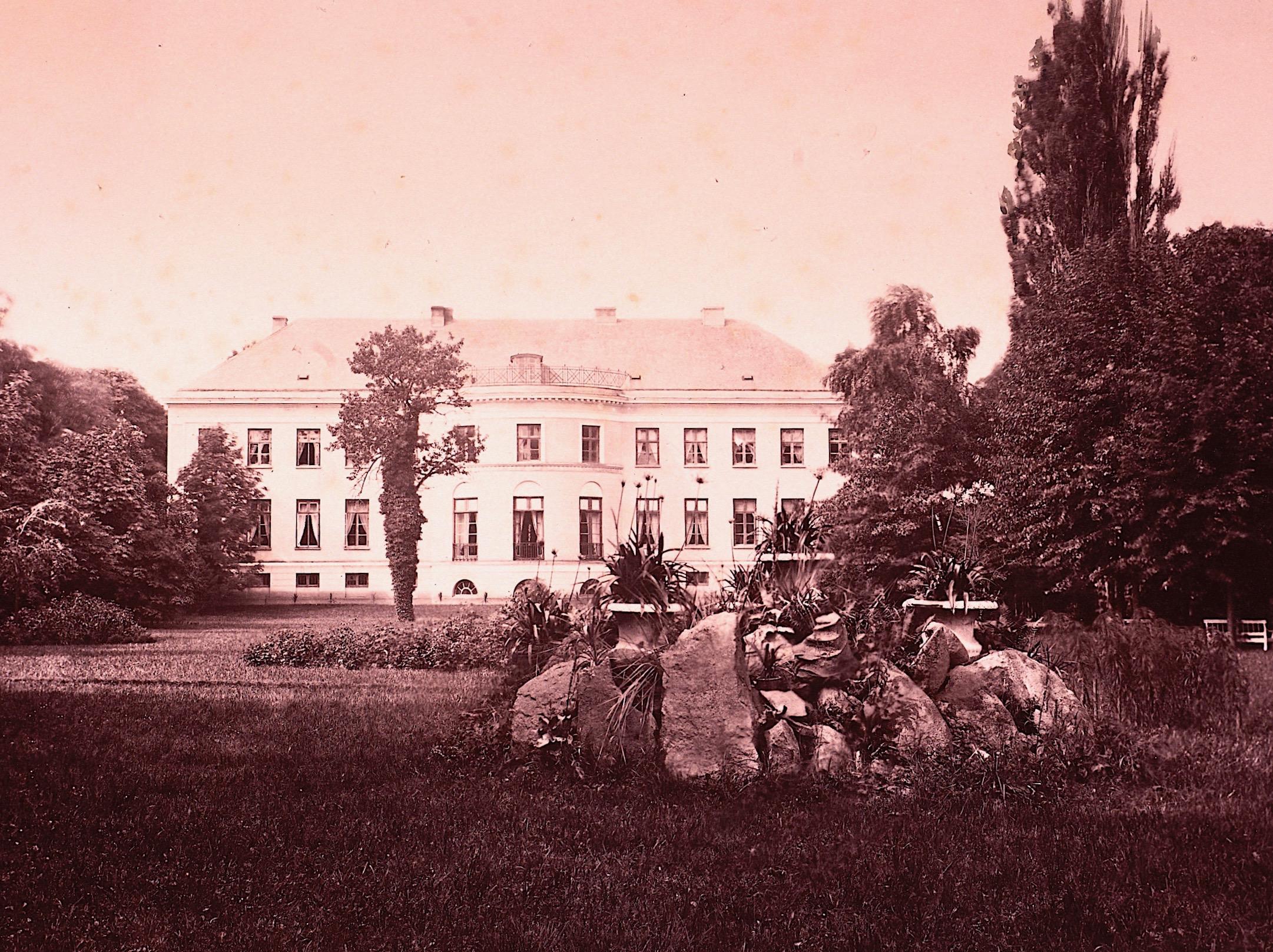 Herrenhaus Pritzier © Stiftung Mecklenburg, Foto: Atelier A. Mencke, Wandsbeck, um 1870